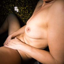 Silvia L In Artist Loft - Picture 12